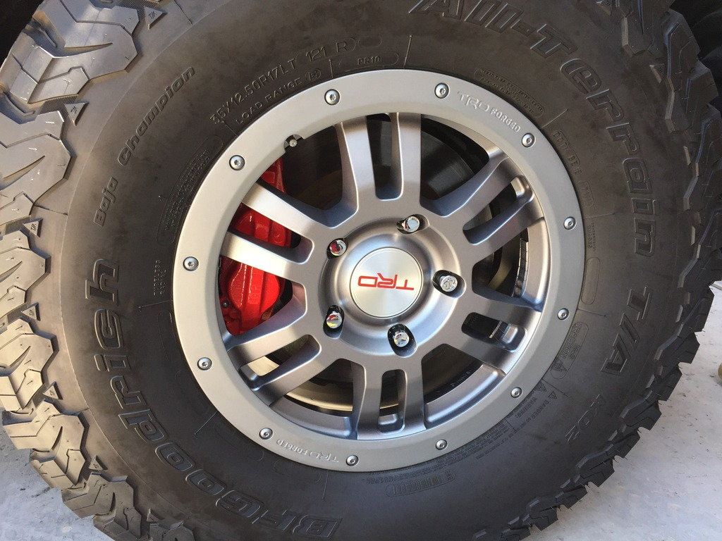 Tundra wheel with nifty new red caliper