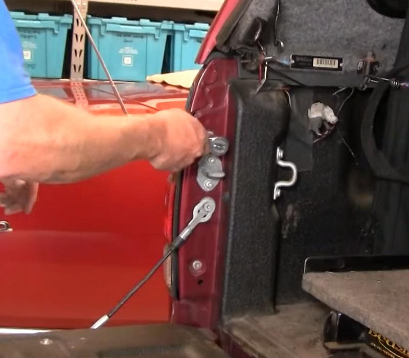 Toyota Tundra tail light mounting screws