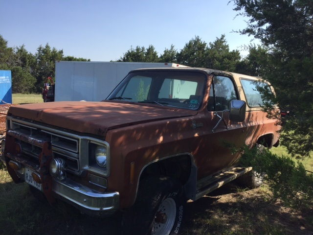 1975 k5 blazer forum chevy blazer forums 1975 k5 the motor and trans has been removed top seems ok showing wear axles seem ok body rust but straight publicscrutiny Images
