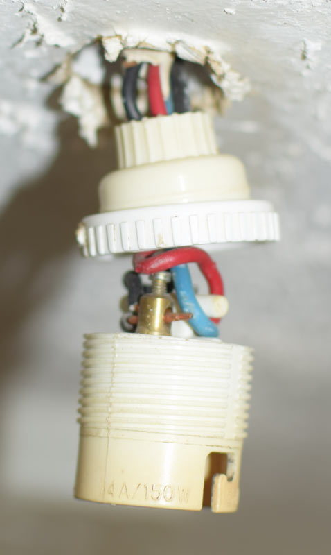 Fine Installing A New Light Fitting In France Wire Colour Confusion Wiring Digital Resources Funapmognl