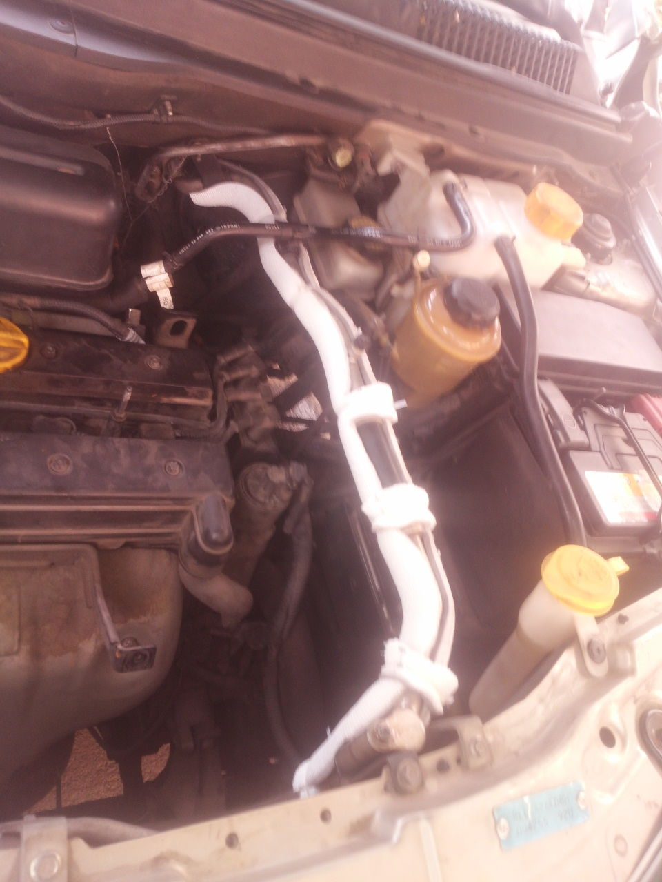 Accelerator Pedal Sensor Chevrolet Forum Chevy Enthusiasts Forums 2004 2500hd 6 1 Engine Aveo Diagram Just Cover A Haft Made Sure Water Go To Two Side And Dropped This Is Second Hand Car So I Dont Know If Its Wire Opened By Repairing Or Not