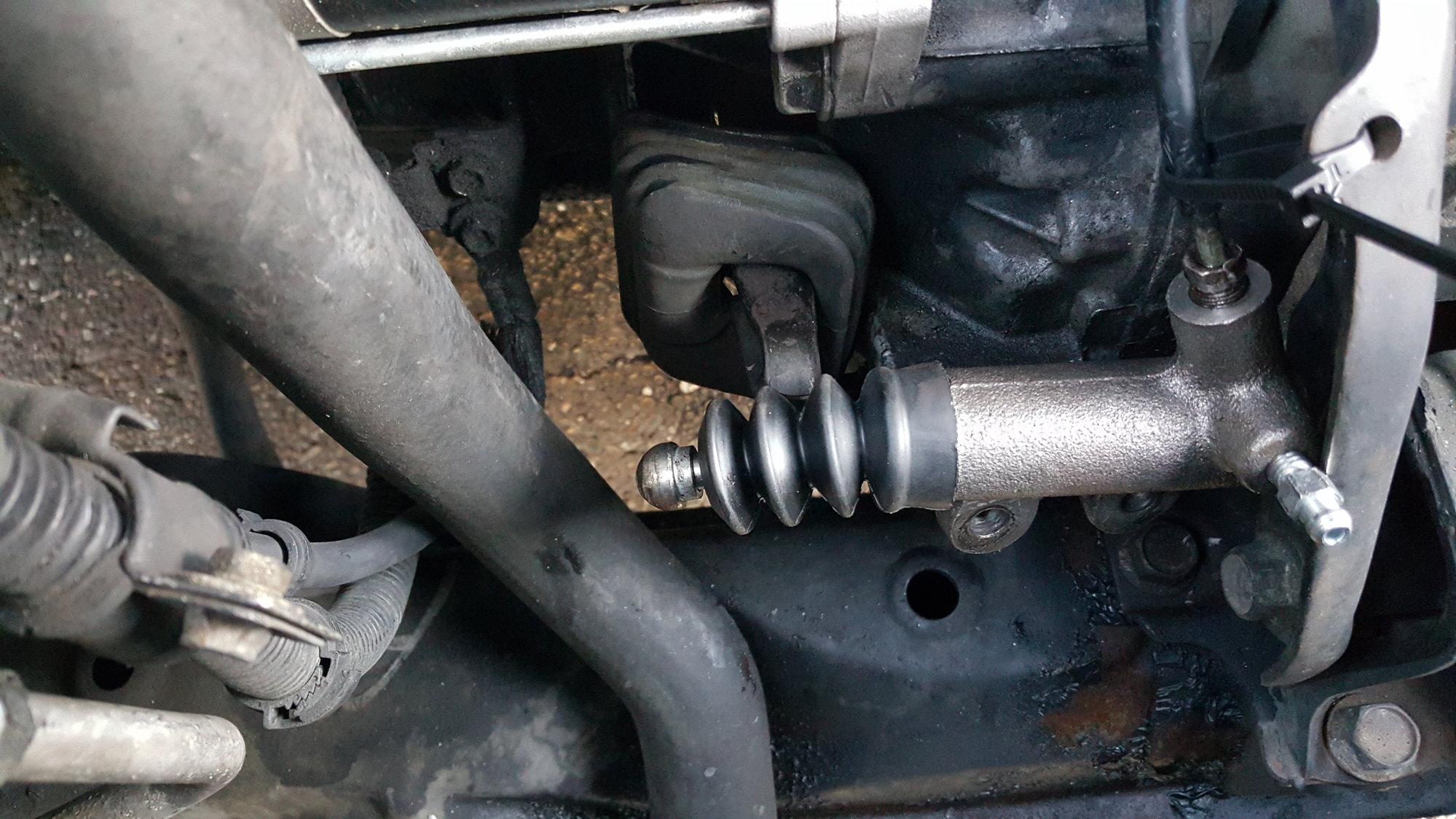 clutch hydraulic/fork problem - Honda-Tech - Honda Forum Discussion