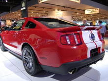 2010 Ford Mustang Shelby GT500 in Torch Red