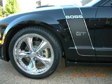 "Mustang GT 08 - 20"" Foose nitrous wheels"
