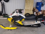 Ski Doo MXZ 800 XRS 2010  for sale $5,900