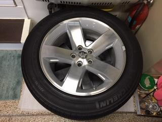 18 inch challenger rt wheels and tires  for Sale $900