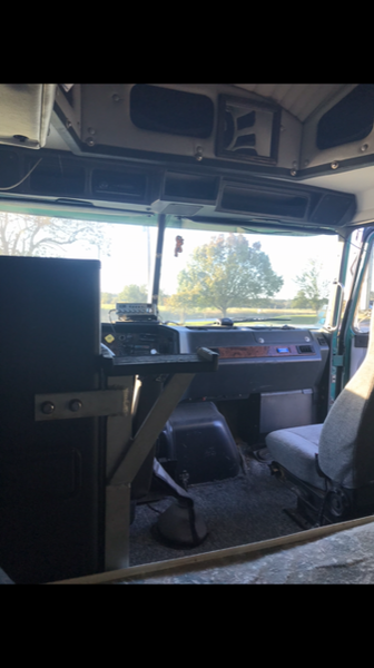 RV Motorcoach Hauler