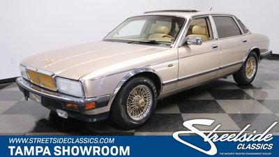 1992 Jaguar XJ6 Vanden Plas Gold Edt.