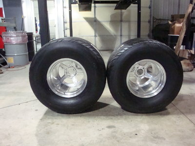 Mickey Thompson 32 x 22 x 15 S.R. Radial's