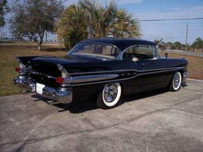 1957 Pontiac Laurentian 383 4sp AC