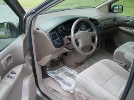 1999 TOYOTA SIENNA  for Sale $2,450