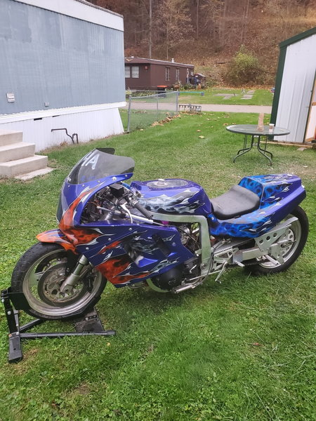 Suzuki GSXR 1000  for Sale $4,000