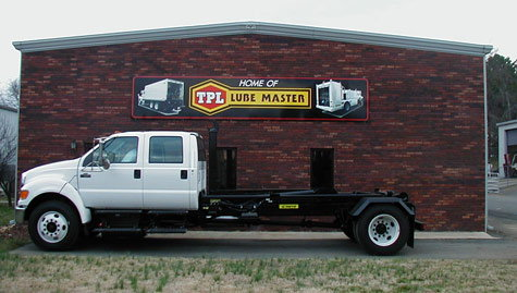 Get The Affordable And Customized Fuel Lube Truck