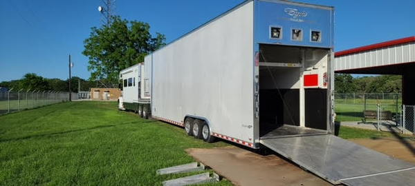2006 Pace American   for Sale $42,500