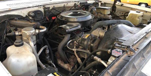 1989 Chevrolet Suburban  for Sale $14,995