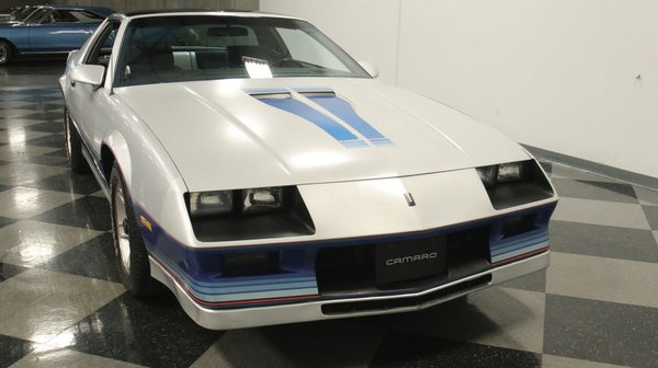 1982 Chevrolet Camaro Z/28 Indianapolis 500 Pace Car  for Sale $30,995