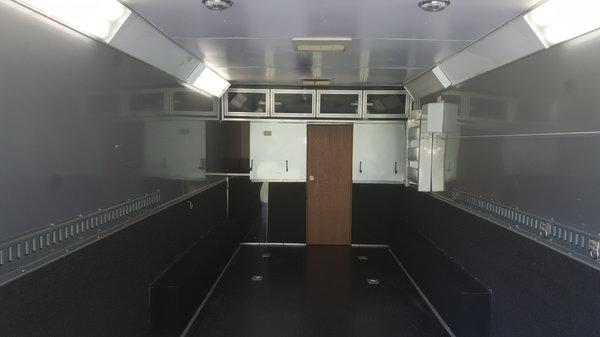 48' enclosed gooseneck, 20' garage 28' LQ  for Sale $24,999