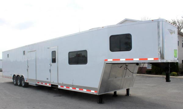 2020 48'/12'+8' Living Quarters w/Dragster Pkg.