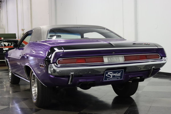 1970 Dodge Challenger R/T 440 Six-Pack  for Sale $72,995
