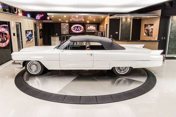 1963 Cadillac Series 62 Convertible  for Sale $59,900
