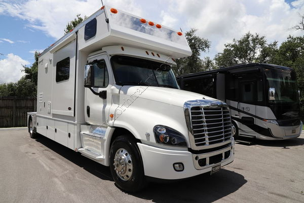 Renegade Race Fuel >> 2019 Renegade RV Sport Deck CS150 Class C Motorhome for Sale in Fort Myers, FL | RacingJunk ...
