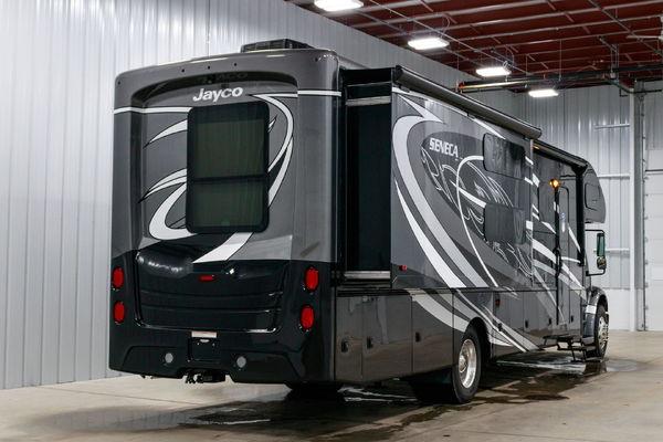 2019 Jayco Seneca 37FS Super C Motorhome RV 360HP
