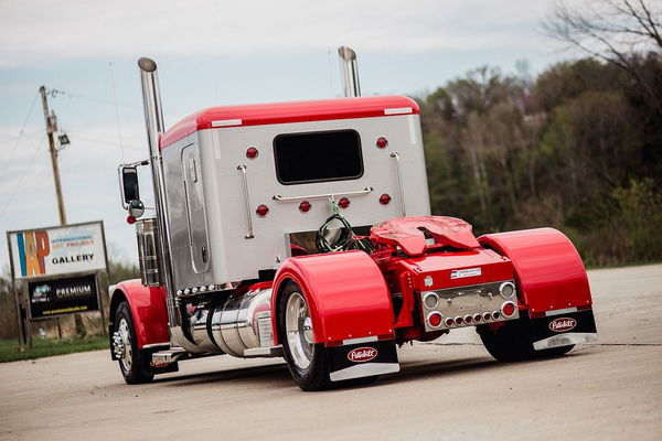 2015 PETERBILY 389 LONG NOSE CUSTOM TRUCK  for Sale $167,500