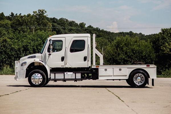 FREIGHTLINER 4X4 CUMMINS 350HP SPORT TRUCK HAULER  for Sale $105,000