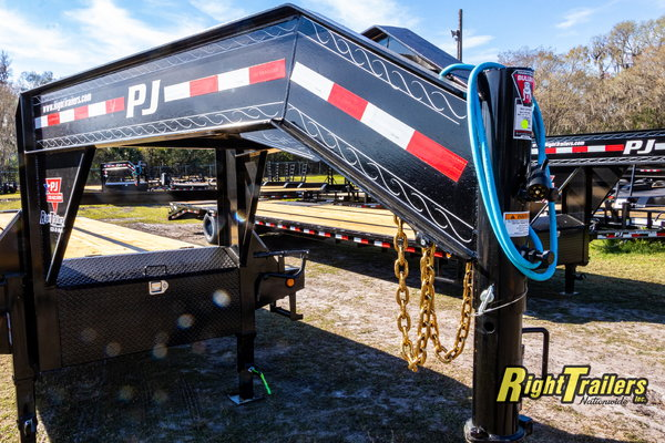 2021 8.5x40 PJ Gooseneck Equipment Trailer