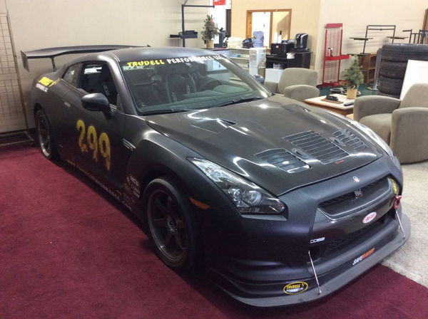 ONLINE ONLY  AUCTION! - 2009 Nissan GT-R Premium