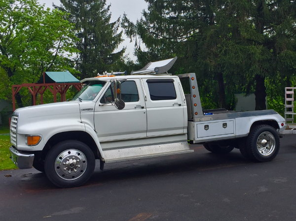 1998 Ford F-800 Torque Monster  for Sale $25,000