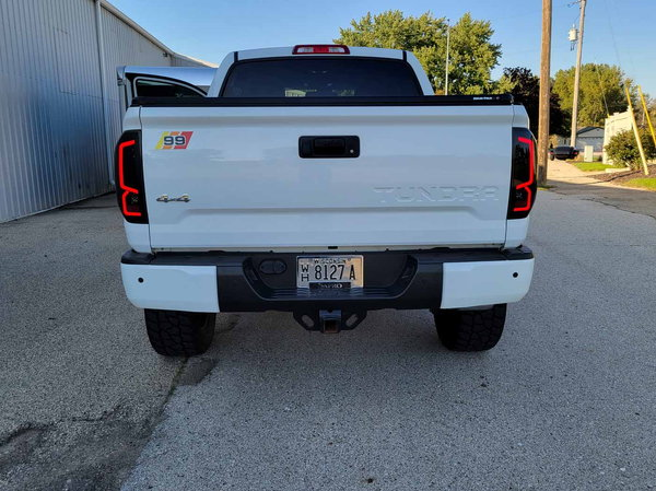 2018 Toyota Tundra  for Sale $45,995