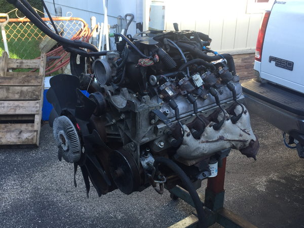 2003 LQ4 6 0 Iron Engine-$999 for sale in Wildwood, IL, Price: $999
