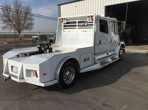 1999 Freightliner FL60  for Sale $39,500