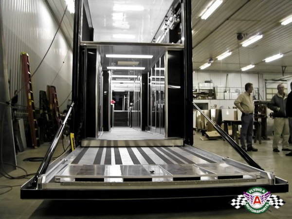 2012 Volvo & 2012 T&E 53' Lift Gate Trailer Combo