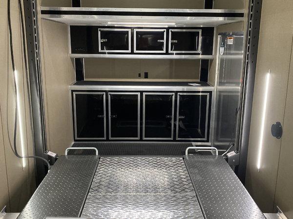 2021 26' Aluminum Stacker