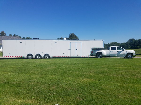 Super nice 48ft  racing trailer  for Sale $42,000