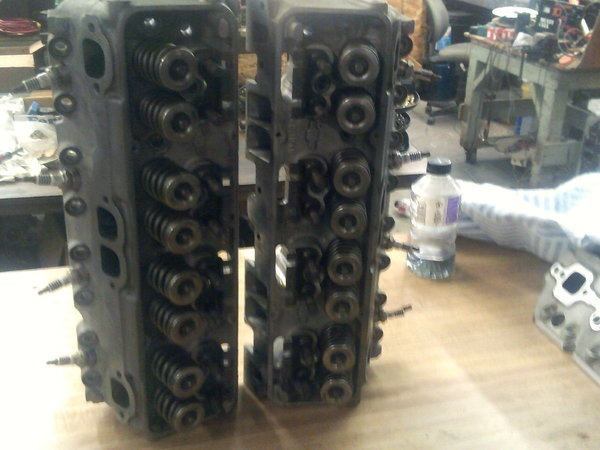 2 Used GM BOW-TIE Aluminum Racing Heads  for Sale $1,100