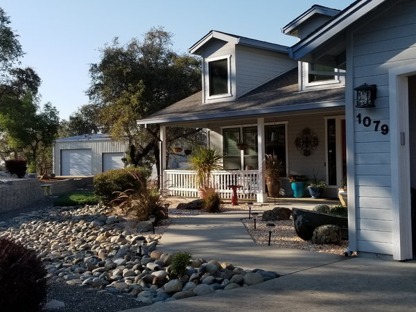 California Home with 3800 sq ft shop  for Sale $825,000