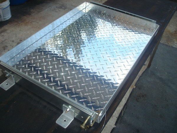 GENERATOR SLIDE TRAY- 500lb Capacity, All Aluminum Tray  for Sale $315