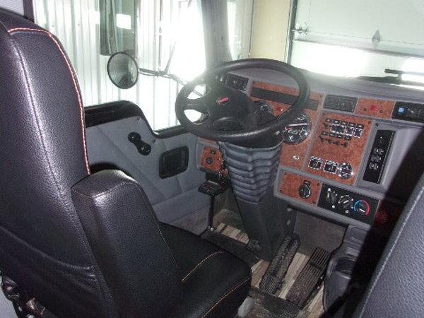 2004 Renegade 40' motorhome