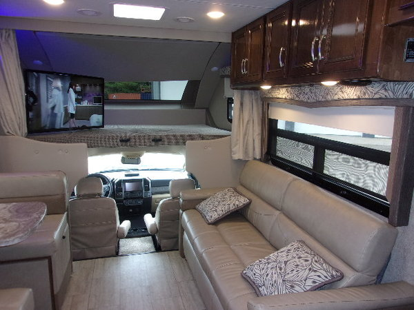 2020 Thor Magnitude BB35  for Sale $157,000