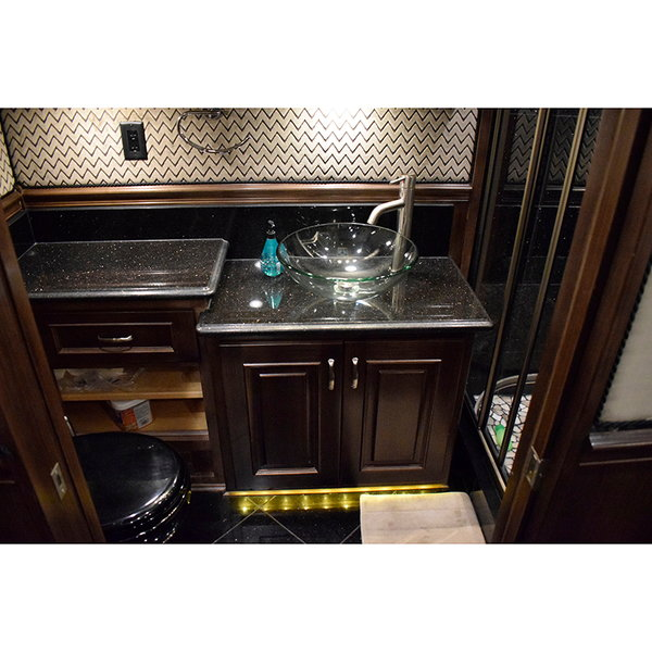 2014 Renegade Ikon 45' Quad Slide Model 3400 RF Bath & H