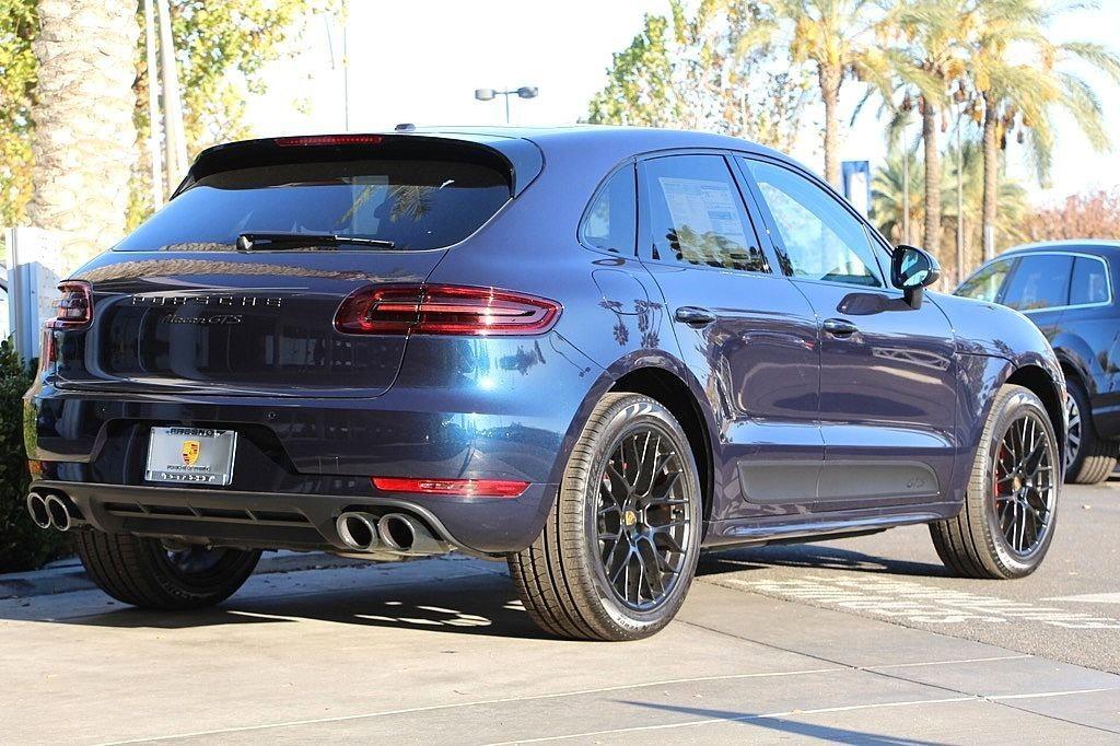 Night Blue Metallic Macan Gts Rennlist Porsche Discussion Forums