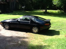 1987 Porsche 928 S4. Recently acquired no- start. Now it runs.119,000 kms.No rust.Let the project begin.