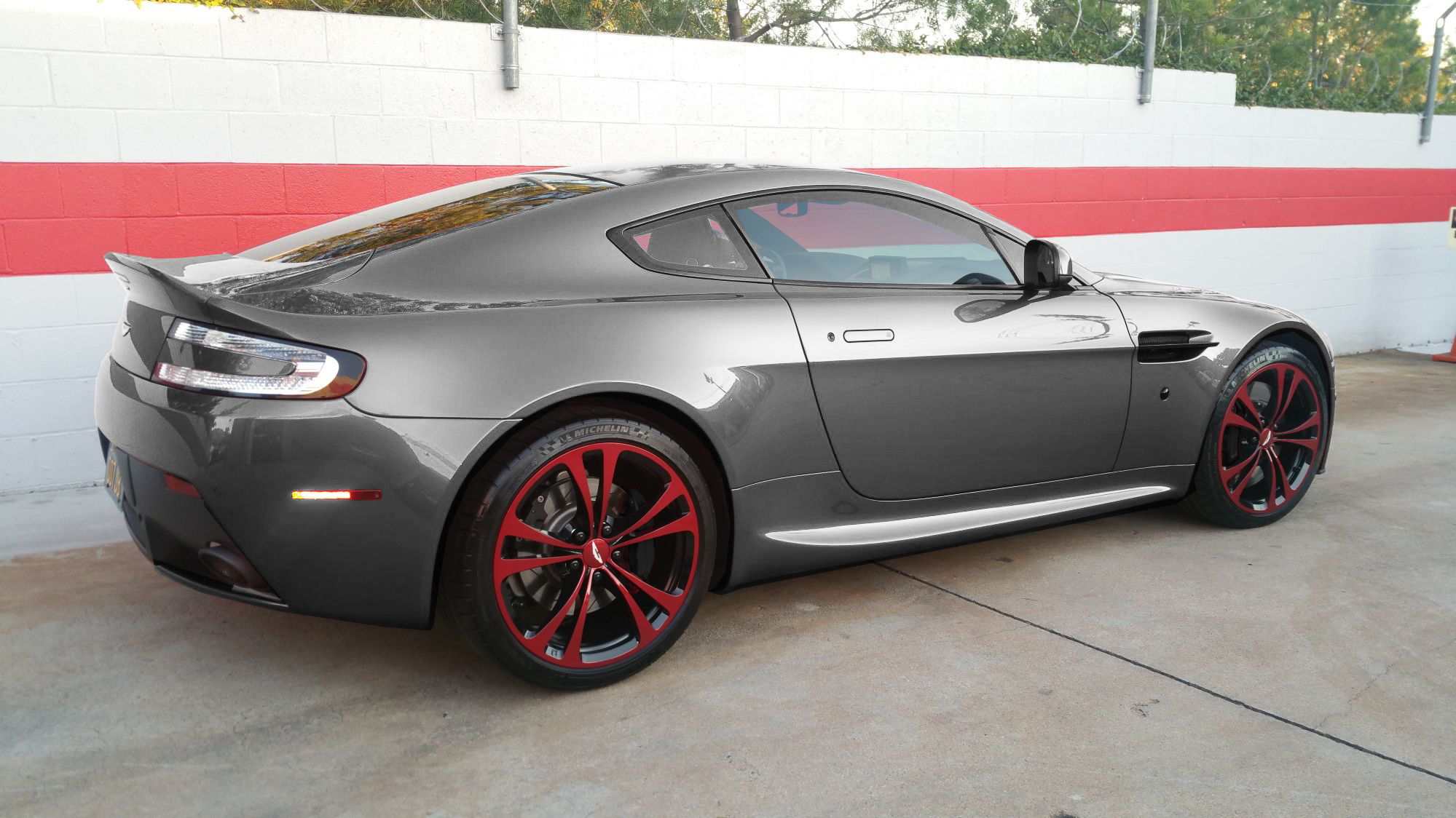 2016 Aston Martin Db9 Gt Coupe C 273 furthermore 26 Aston Martin Dbs White Wallpaper 7 in addition  moreover Aston Martin Db4 Vantage Gt V Wallpapers in addition 05. on aston martin vantage silver