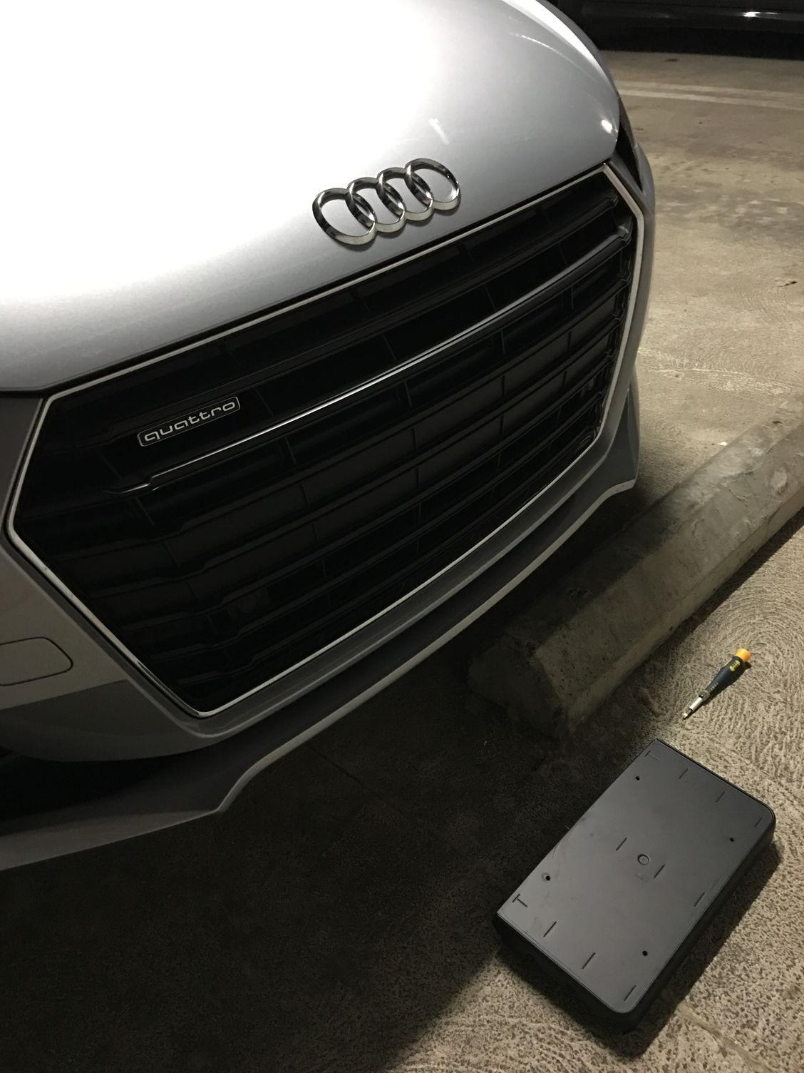 Audi Plate Frame >> Removing front license plate holder? - AudiWorld Forums