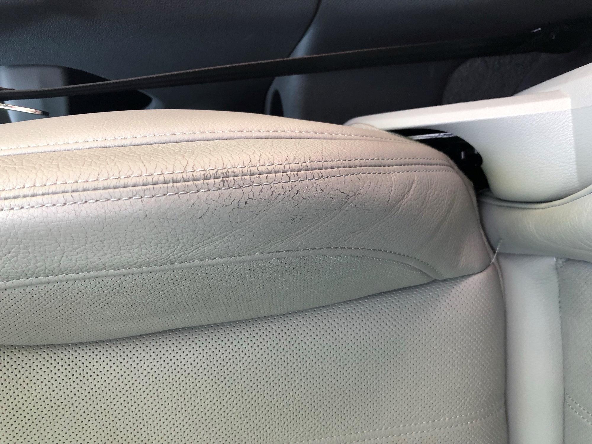 Seat Cracking And Peeling Anyone Else Audiworld Forums