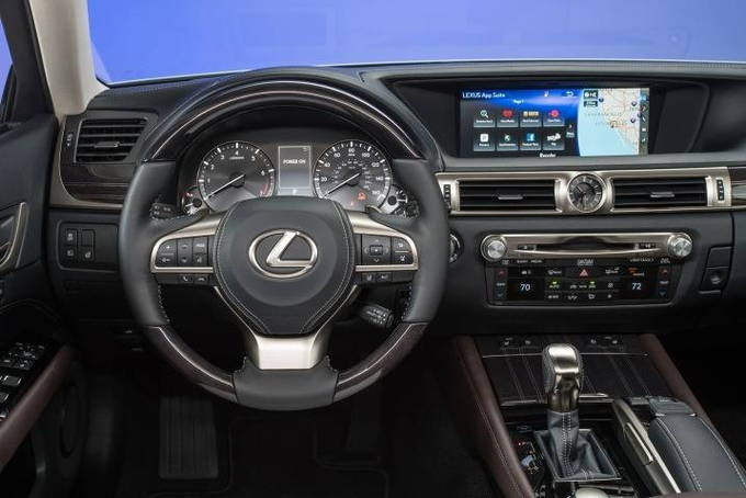 2017 lexus gs 350 review carsdirect. Black Bedroom Furniture Sets. Home Design Ideas