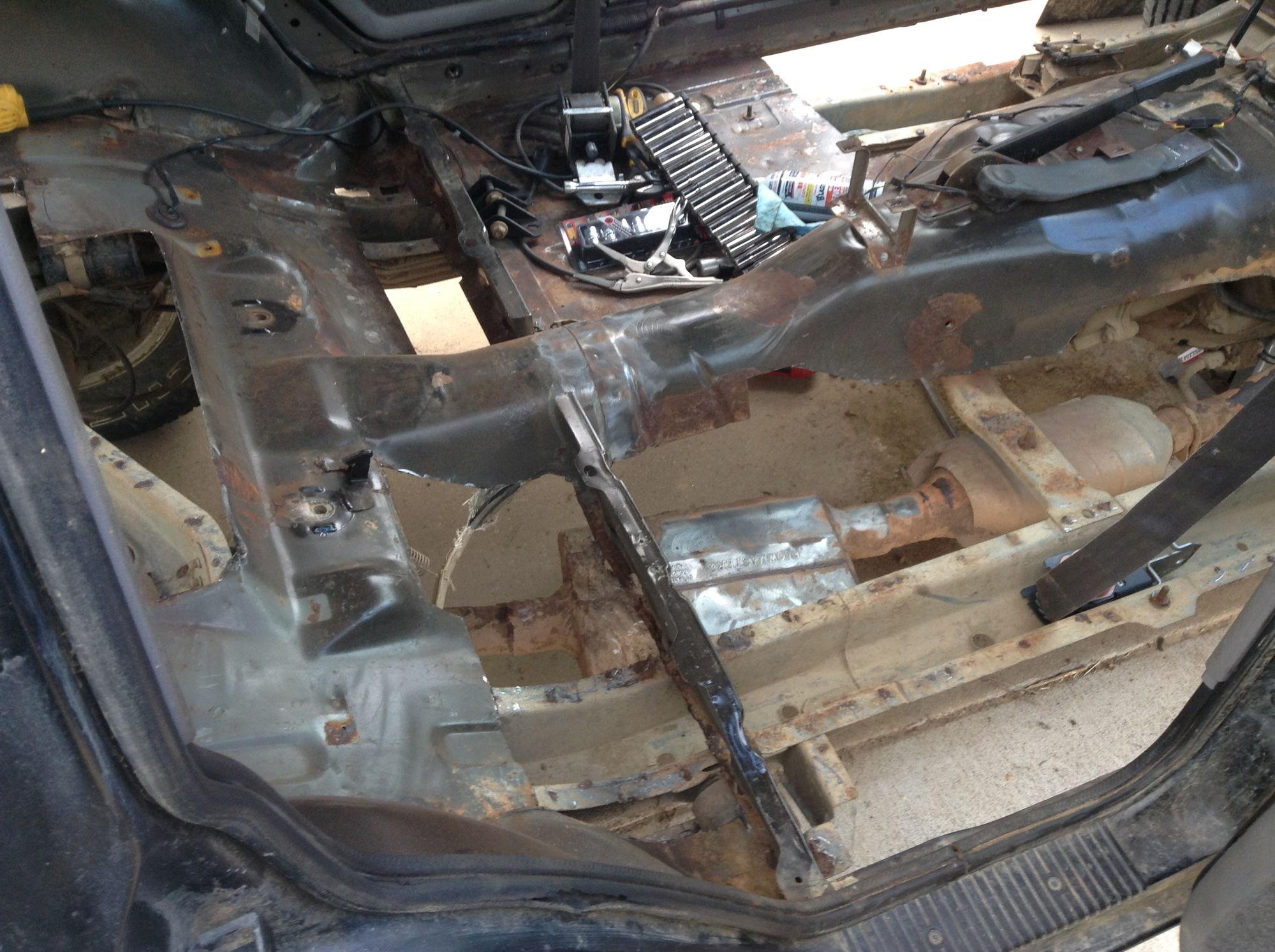 Jeep Xj Floor Board Rust Repair And Bedlining Jeep